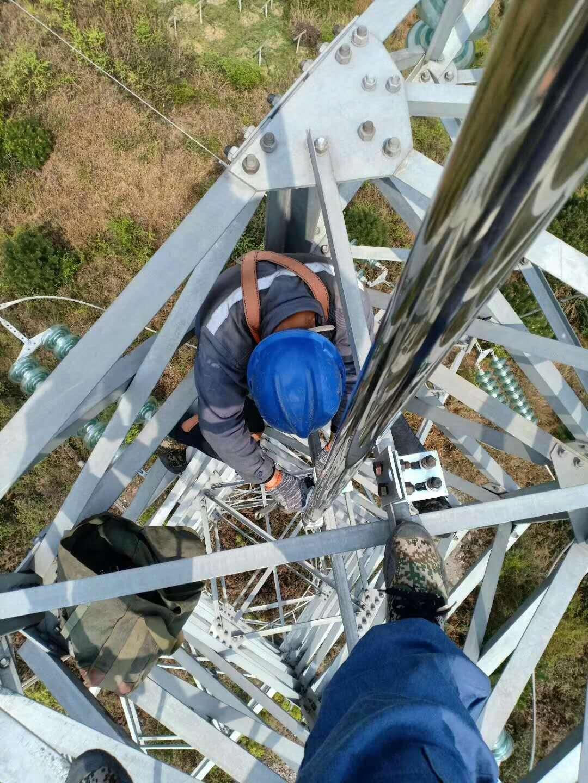 贵州电网供电局易敌雷避雷针安装现场!
