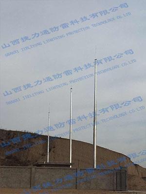陕西榆林府谷3座GH19米避雷塔安装工程